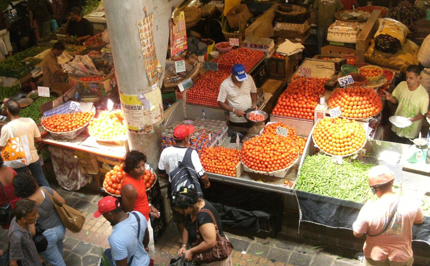 Port louis food market
